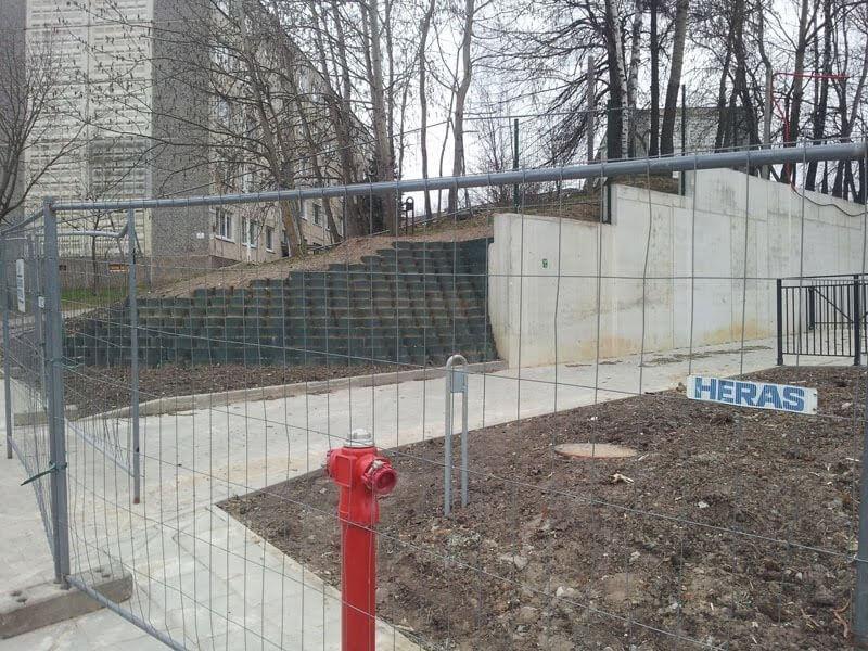 Atraminė siena Šeškinėje, Vilnius